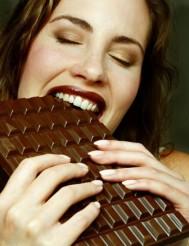 lady-eating-chocolate